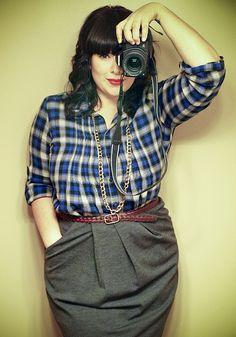 Feeling the flannel & the photography...maybe a  headshot idea for moi!