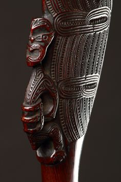 maori weapons - Google Search Polynesian People, Polynesian Art, Maori Tribe, Maori People, Facial Tattoos, Maori Designs, Maori Art, Bone Carving, Tribal Art