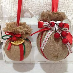 Diy Christmas Decorations, Rustic Christmas Ornaments, Burlap Christmas, Christmas Holidays, Christmas Wreaths, Ornament Crafts, Holiday Crafts, Homemade Christmas, Diy Christmas Ornaments