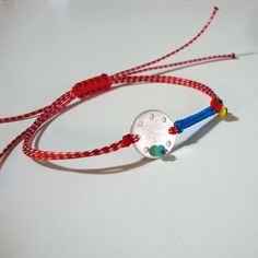 Fabric Bracelets, Leather Bracelets, Jewelry Clasps, Red Button, Jewelry Design, Cosmetics, Jewels, Personalized Items, Woman