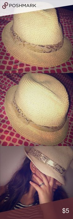 Beach hat Bebe beach hat. Tan light shimmer details with gold and tan snakeskin lookalike strap bebe Accessories Hats