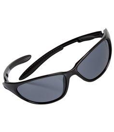 Lunettes de Soleil : Mettez vos yeux sous haute protection grâce à ces lunettes de soleil de catégorie 3 ! Bien emboîtantes, elles sont dotées de verres fumés et sont livrées avec leur étui zippé rigide que vous pouvez accrocher à la ceinture de votre pantalon grâce à son mousqueton. Coloris : noir - Taille Unique - Réf. : T7006 00