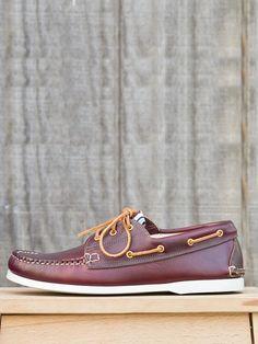 Men's Burgundy Leather Boat Shoe.