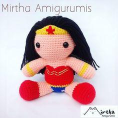 Nuestra heorina preferida Wonder woman  Mirtha Amigurumis #amigurumi #wonderwoman #crochet  #Ecuador #Guayaquil #dccomic #comic #movie