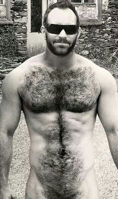 Hairy guy with glasses cums
