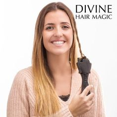 Finally you can do yourself the most stylish and fun hairdos! The Magic Braid electric hair braider must be part of your beauty and hairdressing accessories. Hair Braider, Beauty Must Haves, Girl House, Facon, Summer Wear, Hairdresser, Shampoo, Braids, Magic
