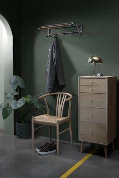 Bedroom Green, Green Rooms, Art Deco Decor, Decoration, Room Inspiration, Interior Inspiration, Home Wall Painting, Small Hallways, Stylish Home Decor