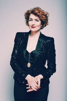 Anna Chancellor Anna Chancellor, Old Women, Hair Cuts, Actresses, Celebrities, Lady, Coat, Drama, Jackets
