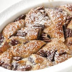 I NEED… Nutella bread pudding. Does this count as a roll for brunch sunday I NEED… Nutella bread pudding. Croissant Nutella, Bread Pudding With Croissants, Nutella Bread, Croissant Bread, Bread Puddings, Bread And Butter Pudding, Challah Bread Pudding, Nut Butter, Köstliche Desserts