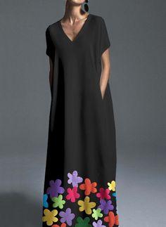 Plus Size Color Block V-Neckline Short Sleeve Maxi Shift Dress - Black / Side Slit Maxi Dress, Floral Maxi Dress, The Dress, Dress Long, Plus Size Maxi Dresses, Casual Dresses, Short Sleeve Dresses, Dresses Dresses, Spring Dresses