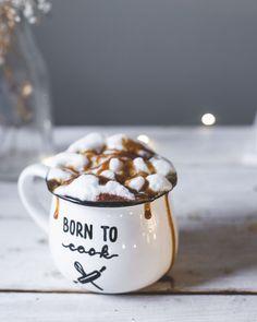 Gorąca czekolada z masłem orzechowym Mugs, Tableware, Dinnerware, Cups, Tumbler, Dishes, Mug, Serveware