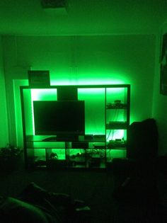 Compare your own gaming setup with these Xbox 360 gaming setups featuring Xbox 360 consoles, headsets, controllers & more. Xbox 360 Console, 16 Year Old, Gaming Setup, Game Room, Games, Decor, Decorating, Game Rooms, Gaming Rooms