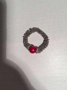 Schöner Schmuckring mit roter Modeperle, aus Schweden in Uhren & Schmuck, Modeschmuck, Ringe | eBay