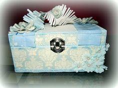 Delirios bajo la luna...: Caja decorada