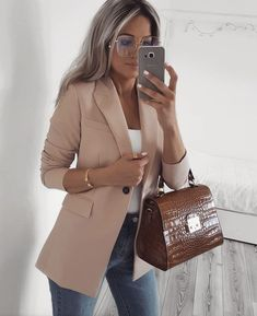 New Ideas Womens Business Wear Workwear Outfit Ideas Adrette Outfits, Neue Outfits, Preppy Outfits, Classy Outfits, Fashion Outfits, Women's Fashion, Style Preppy, Fashion Blouses, Workwear Fashion