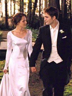 The Newlyweds - Mr. & Mrs. Edward Cullen, BD1