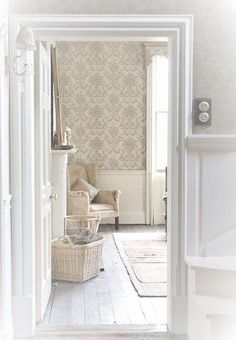 Soft neutrals in the home French Country Farmhouse, French Country Style, Home Interior, Interior Decorating, Creation Deco, Hemnes, Home And Deco, Interior Design Inspiration, Country Decor
