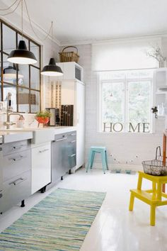 Industrial and yet vintage interior design from Vintage Home Design Estilo Interior, Interior Styling, Interior Decorating, Decorating Ideas, Scandinavian Bathroom Design Ideas, Modern Kitchen Design, Industrial Scandinavian, Scandinavian Kitchen, Scandinavian Interiors