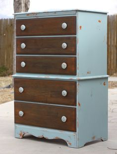 Great dresser - directions for chalk paint & wood distressing from Twice Lovely