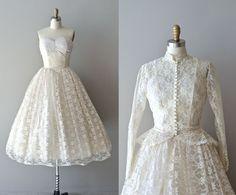 lace 50s wedding dress / 1950s dress / Pavillion en by DearGolden, $485.00