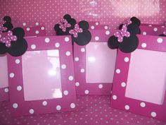 portarretratos minnie mickey Mickey Mouse Crafts, Minnie Mouse Party Decorations, Fiesta Mickey Mouse, Mickey Mouse Photos, 1st Birthday Decorations, Minnie Birthday, Handmade Decorations, Baby, Ideas
