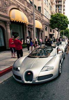 ♂ silver car Bugatti Veyron