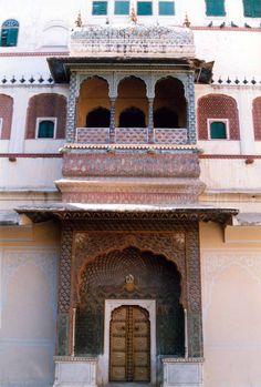 Jaipur palace doorway