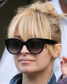Long bangs that start deep on the crown Hairstyles With Bangs, Pretty Hairstyles, Girl Hairstyles, Nicole Richie Hair, Celebrity Sunglasses, The Beauty Department, Long Bangs, Hair Dos, Beauty Hacks