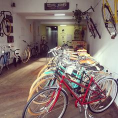 Velo Vintage, Shop Ideas, Bicycle, Motorcycle, Sport, Retro, Shopping, Bicycles, Bike