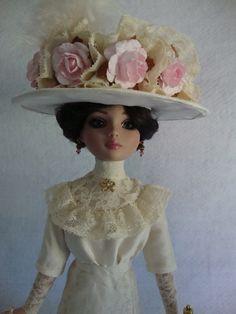 Edwardian Hat for Ellowyne