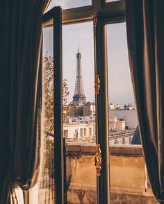 http://www.holaparis.com/que-ver-en-paris/monumentos Consulta la guia si vienes de visita a paris #holaparis #paris #turismo #francia #viajes #viajar #mochilero