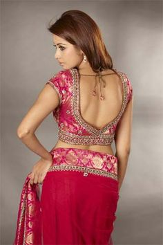 Here is a collection of some of the most beautiful blouse designs of Latest Blouse Neck Designs, Sari Blouse Designs, Blouse Styles, Blouse Patterns, Indian Dresses, Indian Outfits, Indian Clothes, Indian Designer Sarees, Beautiful Blouses