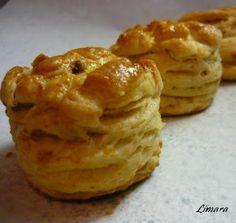 Limara péksége: Luca pogácsa - hajtogatott tepertős
