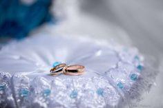 Подушки для колец на свадьбу: фото подушечек для колец - Невеста.info Ring Pillows, Sapphire, Rings, Jewelry, Jewlery, Bijoux, Ring Pillow, Jewerly, Ring