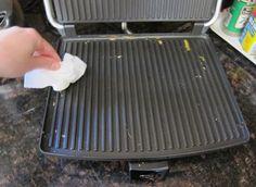 panini-press-cleaning