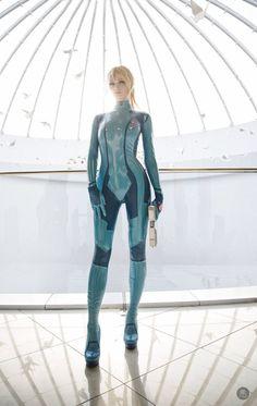 Absolutely amazing Zero Suit Samus Cosplay - Imgur