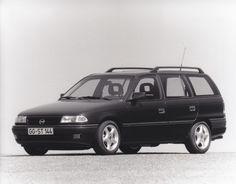 Opel Astra Caravan 16V (9/93)