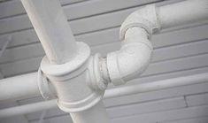 Desatascar tuberías con vinagre - Trucos de hogar caseros
