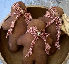 Primitive Folk Art Grubby Gingerbread Men Ornies Doll-Tucks