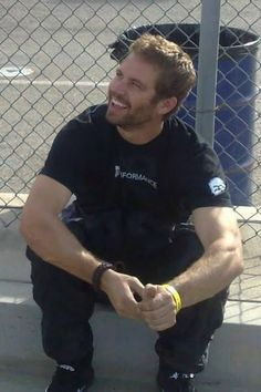 Paul Walker ❤️that Smile...His death makes me so incredibly sad Rip ❤️Always