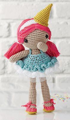 Ravelry: Gelato Girl - pattern by Ilaria Caliri (aka airali) in Simply Crochet Issue 34