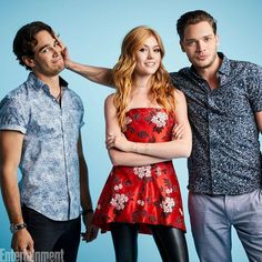 Alberto Rosende, Katherine McNamara, & Dominic Sherwood at 2017 SDCC Isabelle Lightwood, Alec Lightwood, Shadowhunters The Mortal Instruments, Malec, Kat Mcnamara, Katherine Mcnamara, Cassandra Clare, David Castro, The Mortal Instruments
