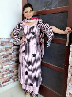 #pintrest@Dixna deol Salwar Suit Neck Designs, Dress Neck Designs, Designs For Dresses, Kurta Designs, Blouse Designs, Sleeve Designs, Designer Punjabi Suits, Indian Designer Wear, Kurti Sleeves Design