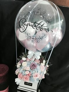 Bubble balloon with flower box # balloon You are in the right place about Deco Balloon Box, Balloon Gift, Balloon Flowers, Balloon Bouquet, Balloon Garland, Balloon Ideas, Flower Box Gift, Flower Boxes, Balloon Decorations Party