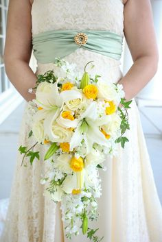 Just the shape no yellow.White and Yellow Cascade Bouquet. Photo by Carrie Wildes Photography.  www.abweddingstampa.com
