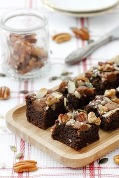 Gluten-free Nondairy Nuts and Seeds Brownies