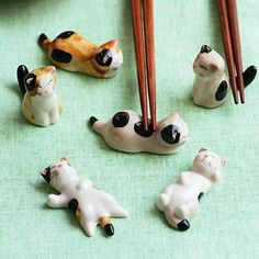 Dakai Ceramic Ware Cute Cat Chopsticks Stand Rest Rack Porcelain Spoon Fork Holder Home Decor, 6 pcs (Mix and Match) Cat Lover Gifts, Cat Gifts, Cat Lovers, Chopstick Holder, Chopstick Rest, Super Cute Kittens, Kittens Cutest, Ceramic Pottery, Ceramic Art