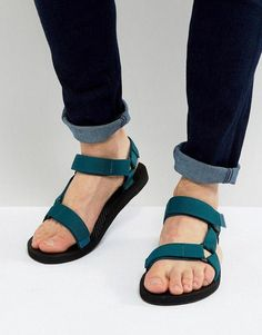 Shop Teva Original Universal Sandals at ASOS. Fashion Boots, Mens Fashion, Leather Sandals, Men Sandals, Stylish Sandals, Sandals Outfit, Buy Shoes Online, Male Feet, How To Make Shoes