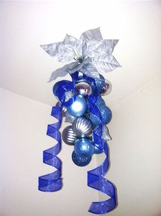 Christmas Decoration Blue and SIlver Ornament Office Christmas Decorations, Blue Christmas Decor, Pallet Christmas, Christmas Colors, Christmas Holidays, Merry Christmas, Xmas, Christmas Ornaments, Christmas Ideas