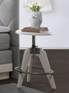 Buchenholz-Nachttisch in drei verschiedenen Farben erhältlich. Super Blickfang! | Betten.de http://www.betten.de/nachttisch-buche-stufenlos-verstellbar-fremont.html